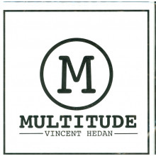 Multitude (red)